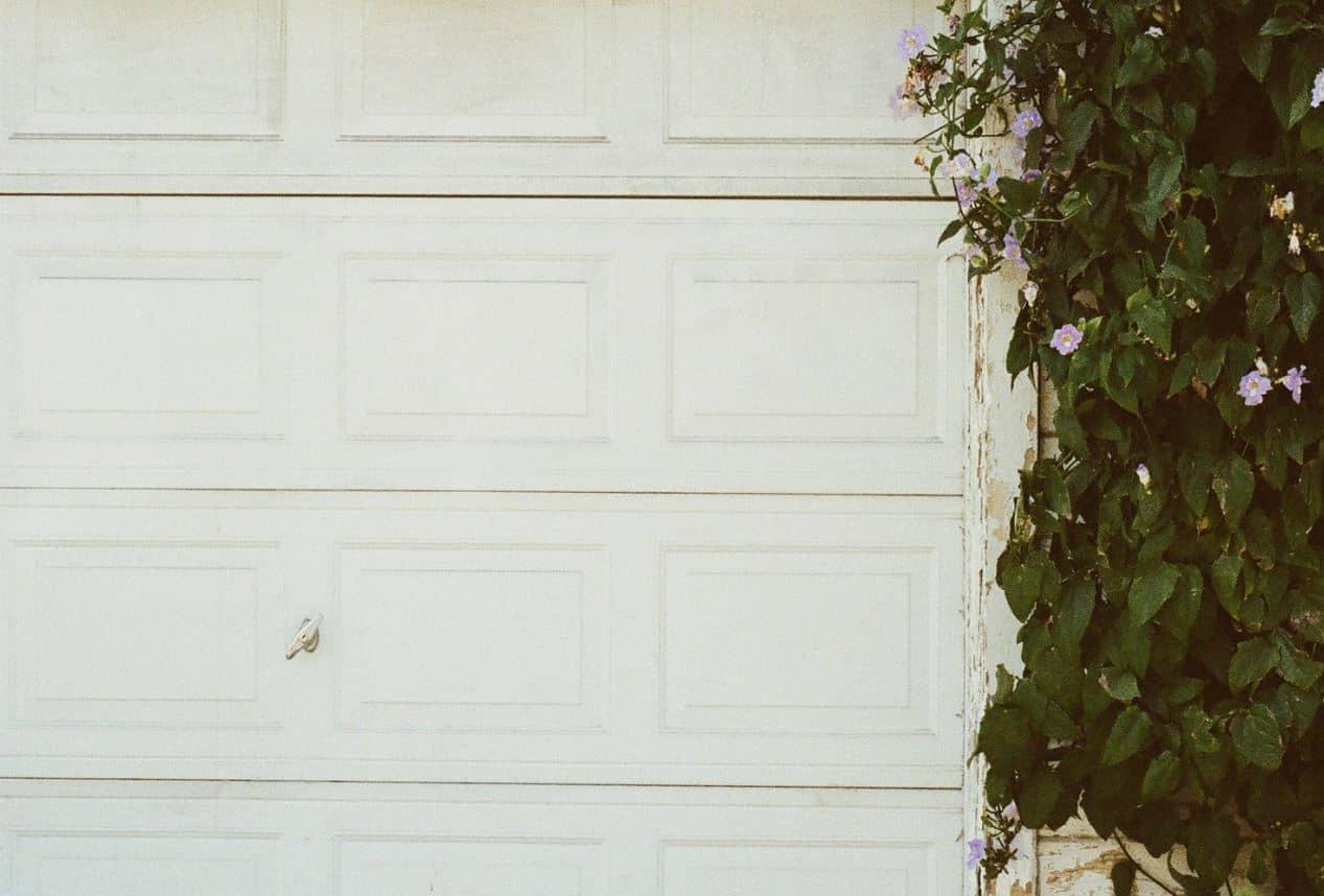 Comment réparer une porte de garage